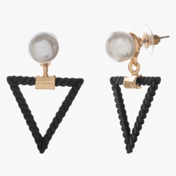 Adore Triangle-shaped Earrings with Pearl