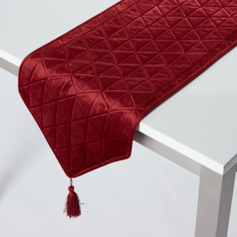 Quilted Table Runner with Tassels - 33x180 cms