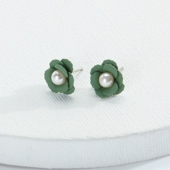 Sasha Pearl Detail Flower Earrings with Push Back Closure