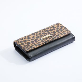 Charlotte Reid Printed Tri-Fold Wallet with Magnetic Snap Closure