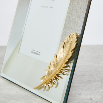Decorative Photo Frame with Feather Applique