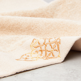 Embroidered Hand Towel - 40x70 cms