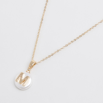 Sasha English Letter M Pendant Necklace