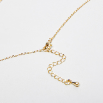 Sasha English Alphabet S Monogram Embossed Pendant Necklace