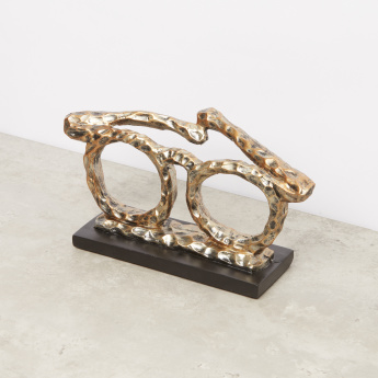 Decorative Moulded Glasses Sculpture