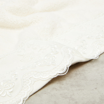 Linda Lace Detail Woven Bath Sheet - 86x150 cms
