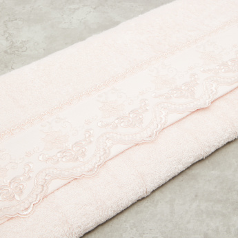 Linda Lace Textured Bath Sheet - 86x150 cms