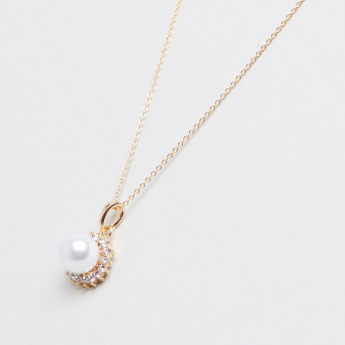Embellished Crystal with Pearl Pendant Necklace and Earrings